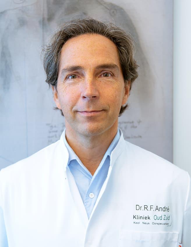 Robert André